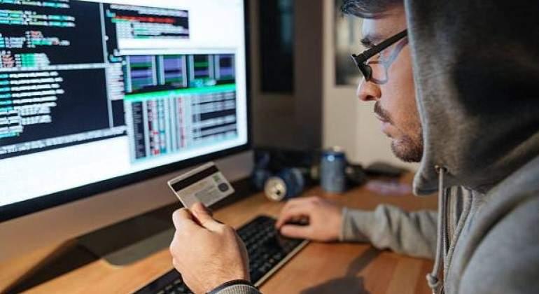 Cuidado con las supuestas ayudas gubernamentales que ofrecen por mensaje de  Whatsapp: son fraudes - economiahoy.mx