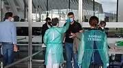 El Gobierno descarta hacer test masivos a los turistas que lleguen a España este verano