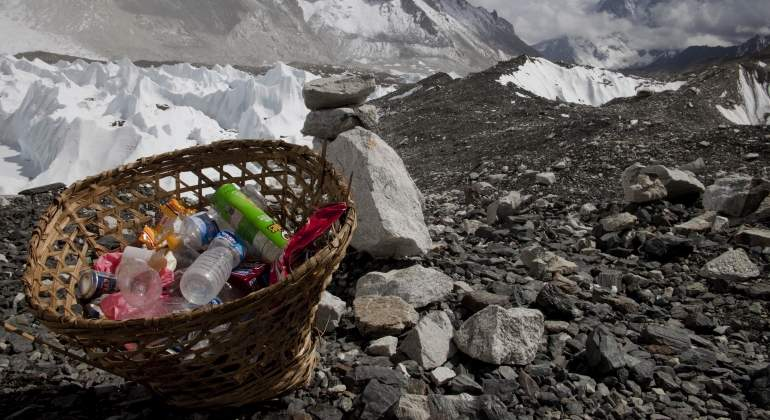 basura-everest-reuters.jpg