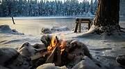 Un-paisaje-nevado-con-una-hoguera--encendida-iStock.jpg