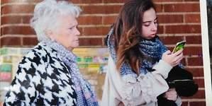 Andreíta y su abuela Carmen: tarde de chicas en el Bingo