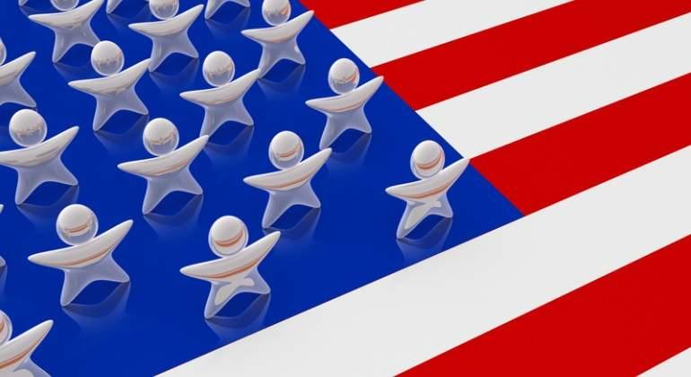 EEUU-bandera-personas-Dreamstime.jpg