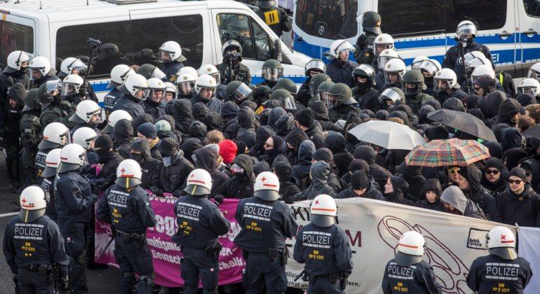alemania-detenidos-antifascistas.jpg