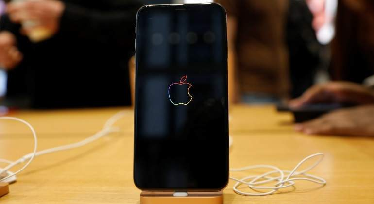 Apple-iphone-reuters-770.jpg
