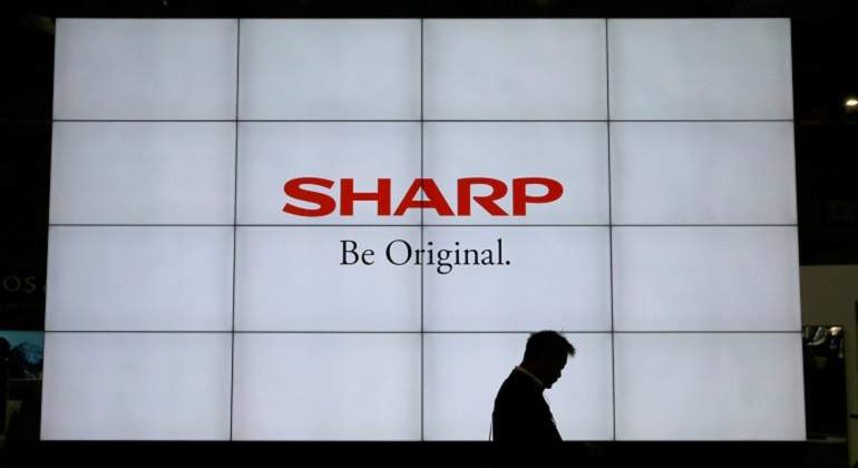 Sharp-reuters.jpg