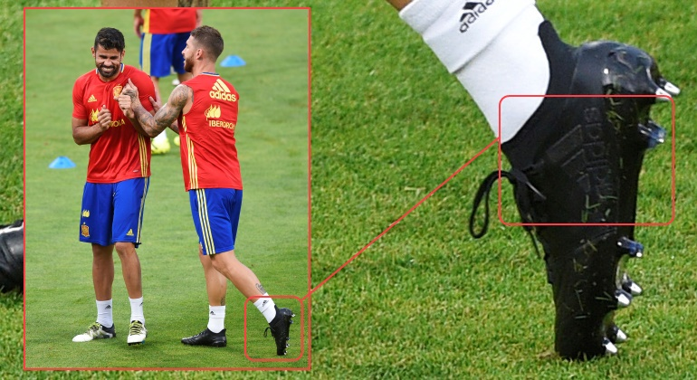 Se desvela la marca deportiva de las misteriosas botas negras de Sergio  Ramos 20775e8a279cb