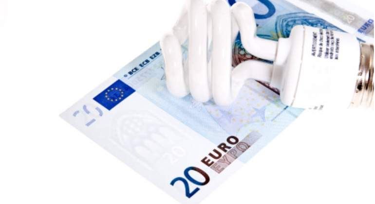 bombilla-eficiente-euros.jpg