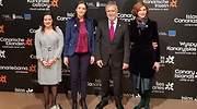 La consejera de Turismo de Canarias Yaiza Santos con la ministra Reyes Maroto y el jefe del Gobierno canario ngel Vctor Torres