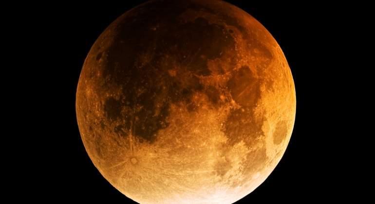 eclipse-lunar-dreamstime.jpg