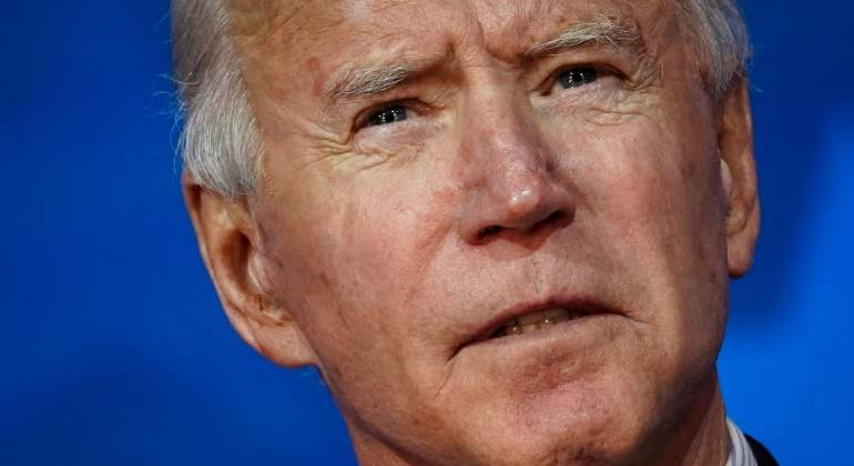 joe-biden-eeuu-fondo-azul-de-cerca-getty-770x420.jpg