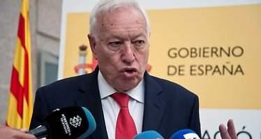 La porra de Margallo: Rajoy, 135 escaños; Iglesias y Sánchez, 85