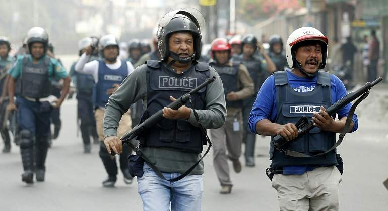 policiabangladesh-reuters.JPG