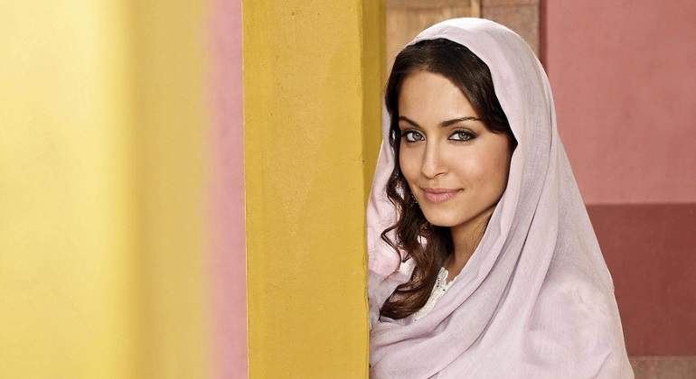 hiba-abouk-elprincipe.jpg