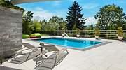 piscina-privada-alquiler-swimmy-dreamstime.jpg