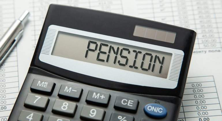 pension-calculadora-770-dreamstime.jpg