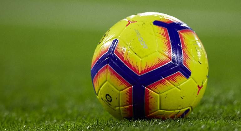 balon-hierba-laliga-getty.jpg