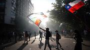 protesta.chile.banderas.efe.png