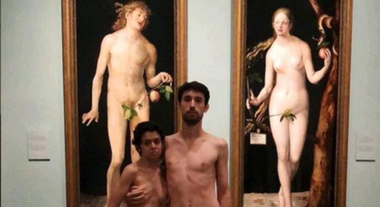Desnudos-museo-prado-performance-protesta.jpg