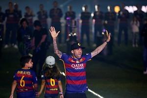 Alves también se va a la Juve