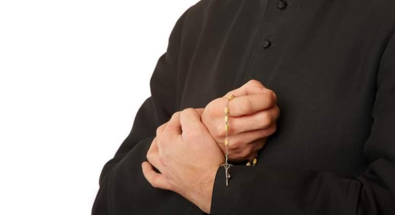 sacerdote-cura-dreams.jpg