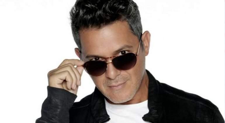 Alejandro Sanz lanza su primera colección de moda