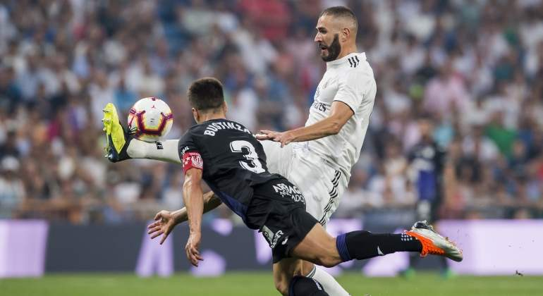 benzema-bustinza-madrid-leganes-2018-getty.jpg