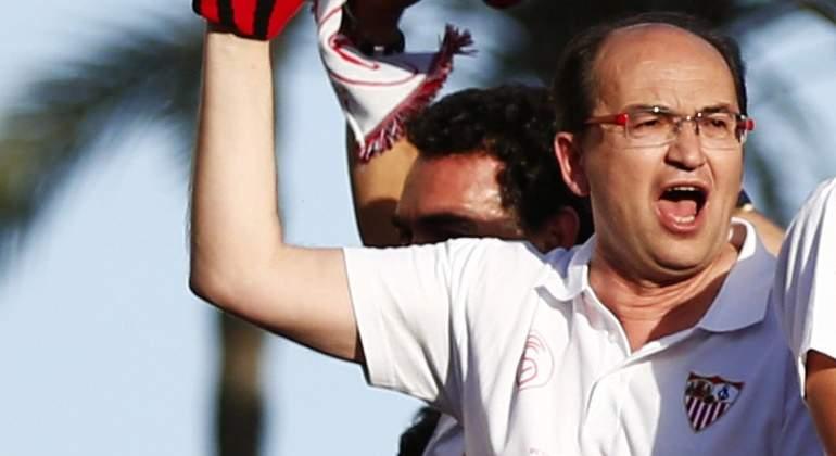 Castro-2014-celebra-EuropaLeague.jpg
