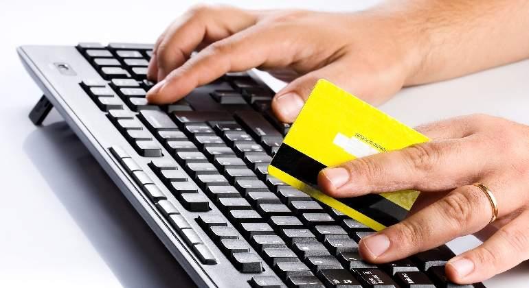 tarjeta-credito-teclado-manos-770-dreamstime.jpg