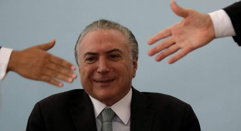 temer-manos-sonrisita-brasil-reuters-770x420.jpg