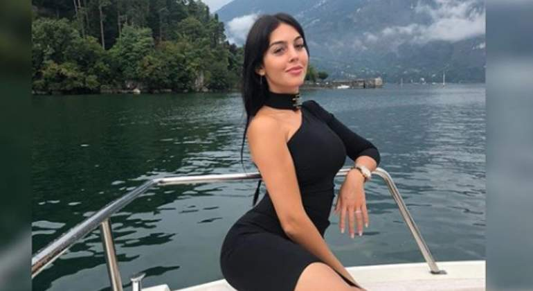 georgina-criticas-look770.jpg