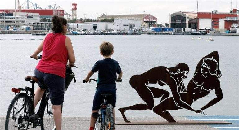 esculturas-sexuales-griegas-antoni-miro.jpg