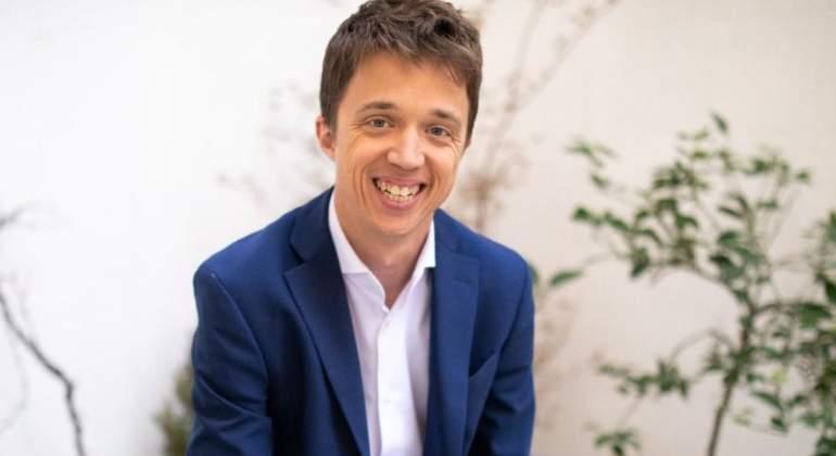 Íñigo Errejón mete a un príncipe Borbón en las listas Barcelona