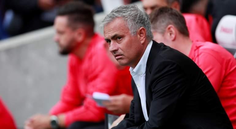 Mourinho saca pecho y carga contra Sir Alex Ferguson