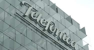 Telefónica gana 1.241 millones de euros hasta junio, un 42,1% menos