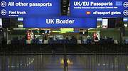 reino-unido-pasaportes-control-770-reuters.jpg