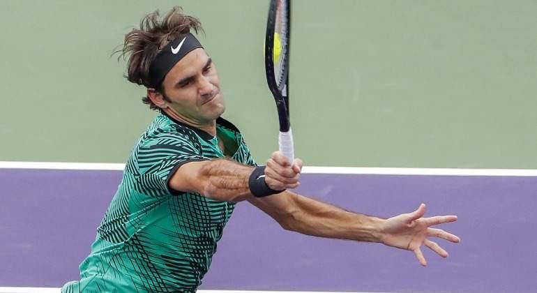 Federer-Miami-bola-aplanada-2017-efe.jpg