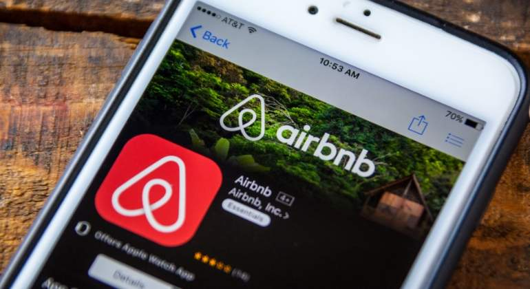 airbnb-logo-movil-dreamstime.jpg