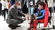 Otro éxito de la ciencia española: el primer exoesqueleto comercializable para niños sale del CSIC