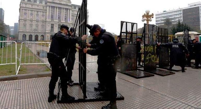 Policia-Ciudad-de-Buenos-Aires-Reuters.jpg