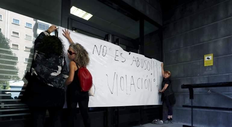 El juez que votó por la absolución de La Manada aprecia sonidos de excitación sexual en la joven