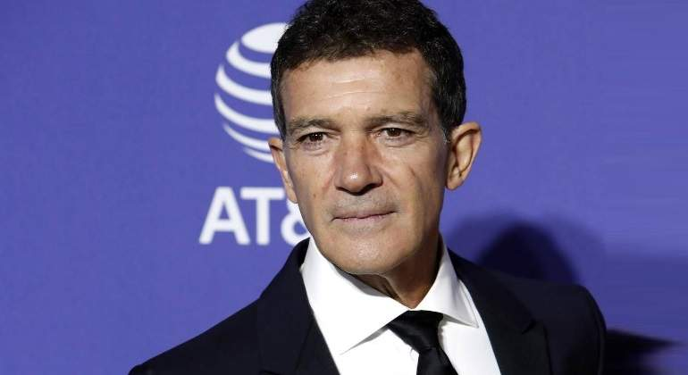 antonio-banderas-de-color-770.jpg
