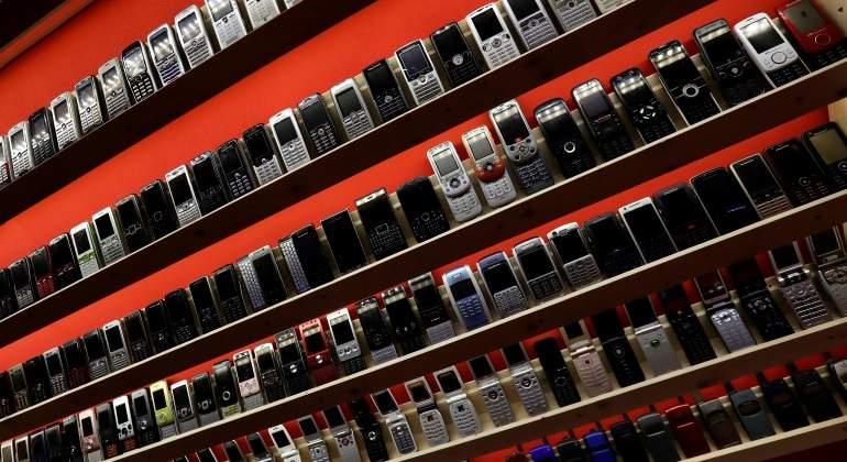 celulares-viejos-reuters-770.jpg