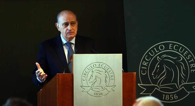 Fernández Díaz pide investigar el delito de revelación de secretos por el  informe sobre el presidente de Murcia ef08cfff94f79