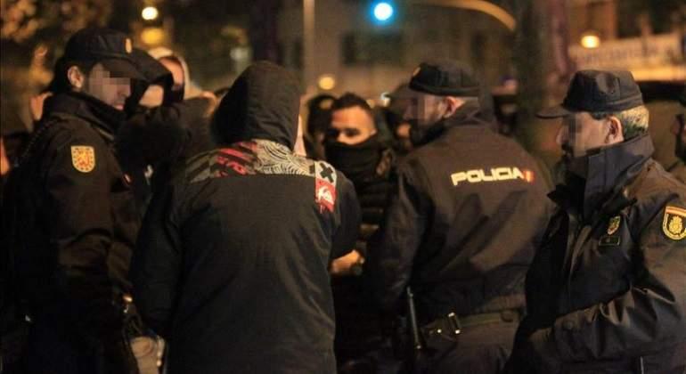 ultras-policia-efe.jpg