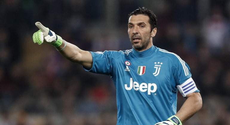 Buffon-ordenes-2018-final-coppa-EFE.jpg