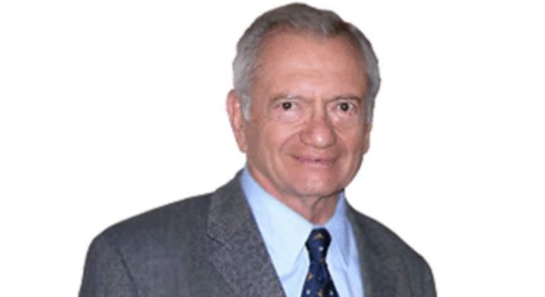 Agustin Carstens señala rezago en inclusión financiera