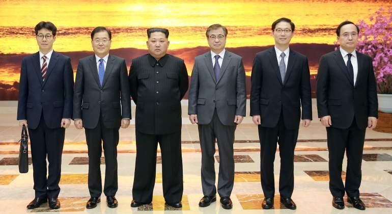 kim-jong-un-delegacion-corea-norte-marzo2018-reuters.jpg
