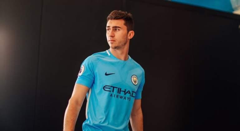 Sale Laporte del Athletic ante reportes de interés del City