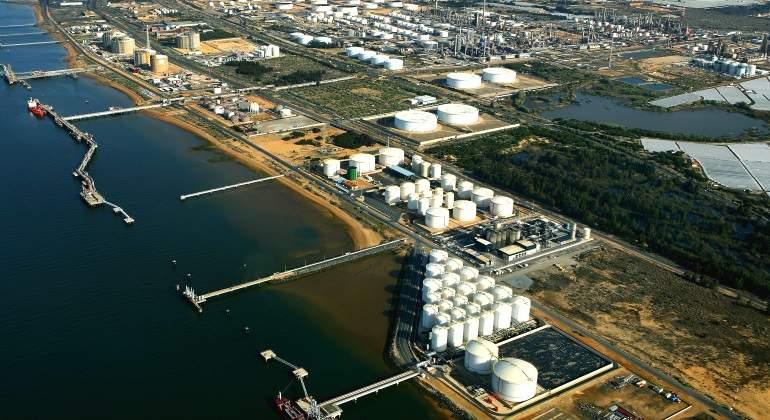 refineria-huelva.jpg