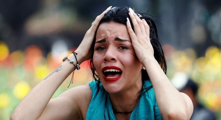 oposicion-protesta-venezuela-llora-joven-detencion-reuters.jpg